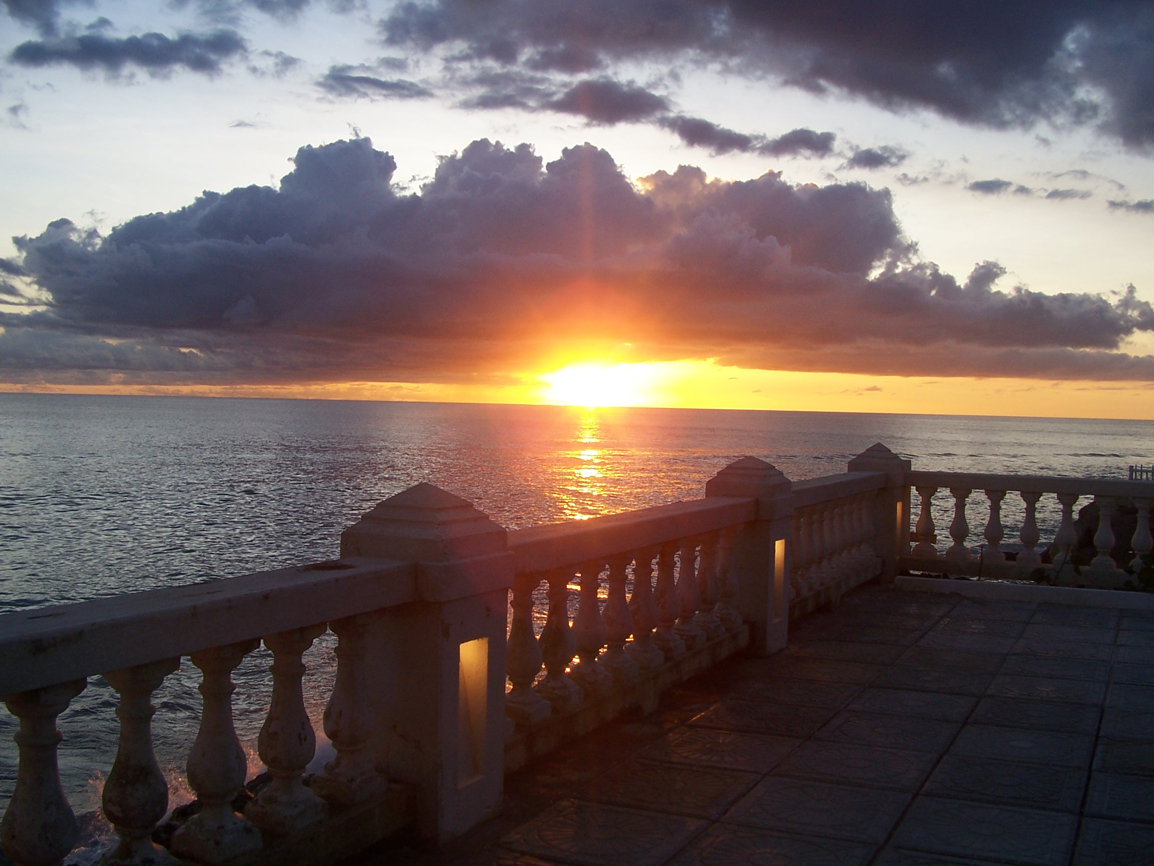 sunset-dover-beach-hotel